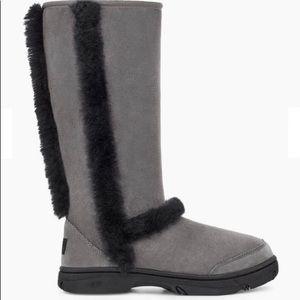 Ugg Sunburst Tall Gray/black Boots NEW